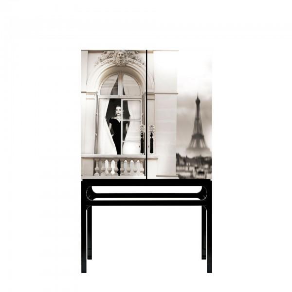Rive Gauche Grace Kelly com intervenção artística por Axel Crieger